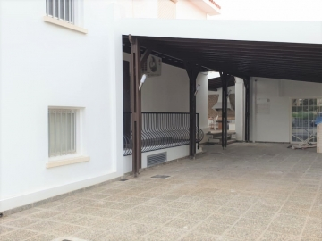 House Detached for Rent in Petrou & Pavlou Area